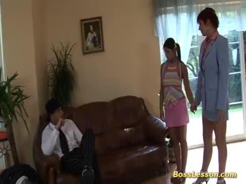 Milf și adolescentul se înălța dur de șeful