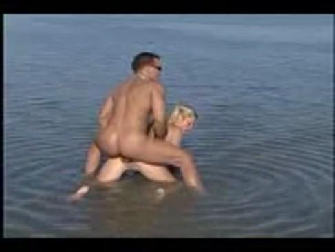 Filme porno romanesti cu babe de la tara