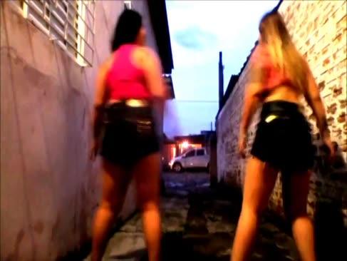Novinhas dancando funk