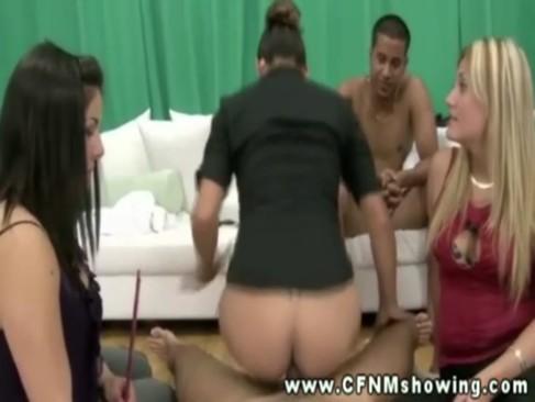 Poze porno cu mame si copii