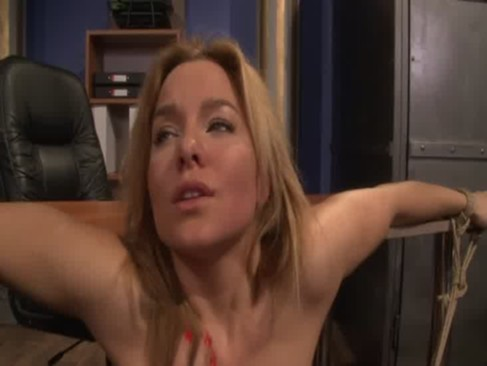 Filme porno cu femei ftute de caini