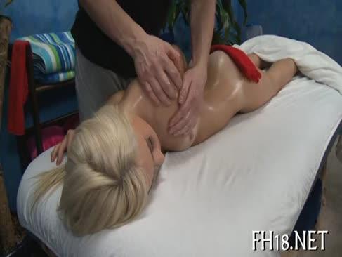 Site-uri de porno de masaj