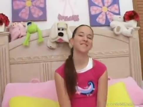 Christina agavă anal prima dată vreodată
