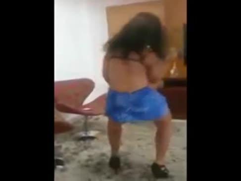 Safadinha dancando