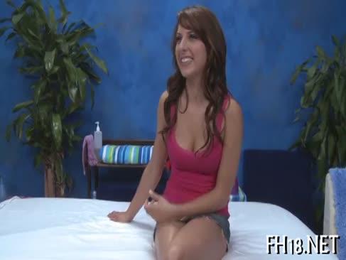 Femeia dă gâtului nepătruns