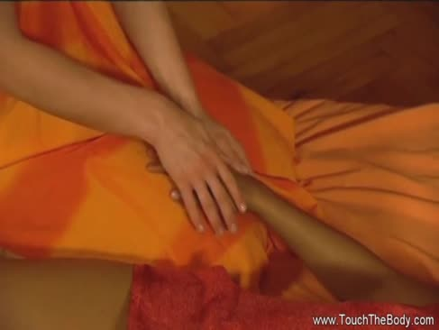 Nimfele tantra fac colegii de masaj mai frumosi