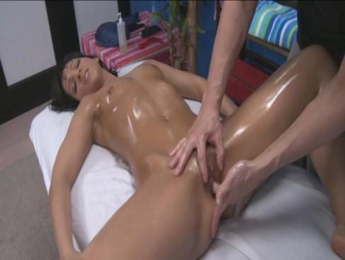 Porno hub femei cu orgasm